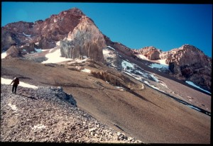 traverse-to-start-of-canaleta-aconcagua